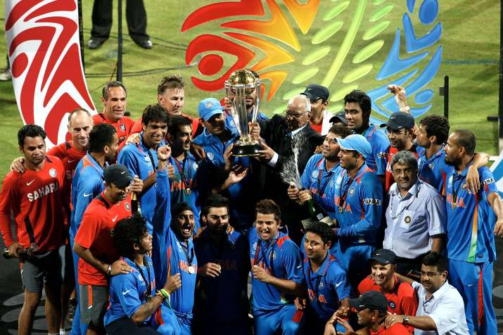 India Tv - India defeated Sri Lanka to lift ICC World Cup 2011