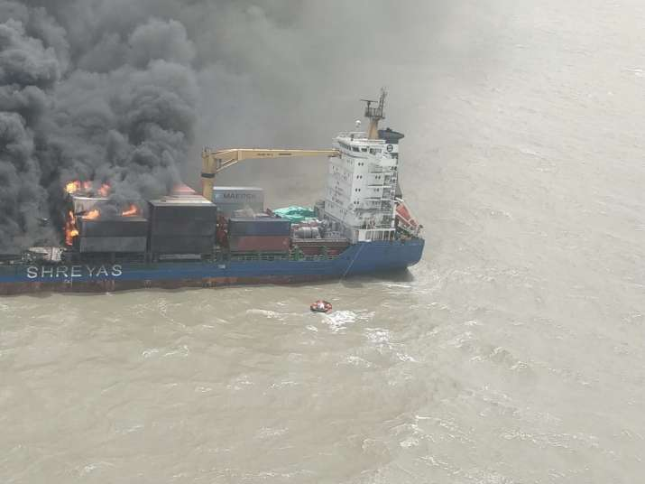 India Tv - The vessel reported fire onboard at 00:05 am from Bay of Bengal