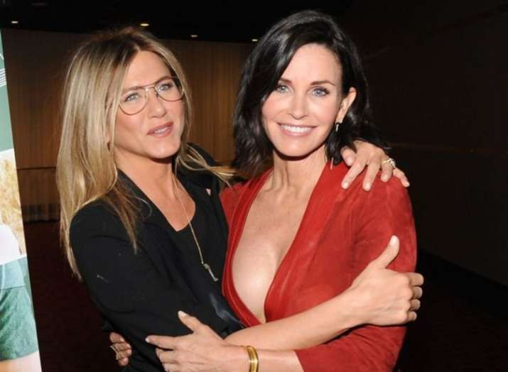 Jennifer Aniston will be Courteney Cox's Maid-of-Honor