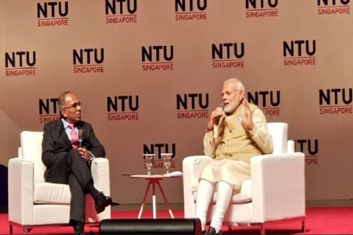 Prime Minister Narendra Modiinteracted with students
