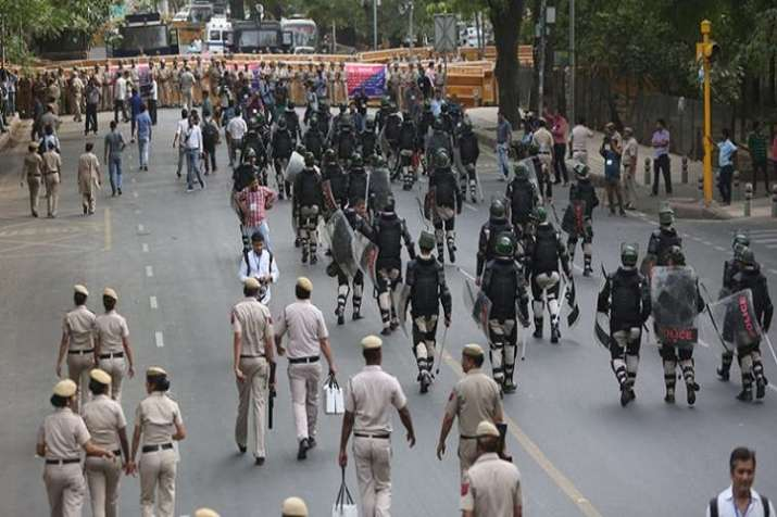 The AAP protest march was blocked at the Sansad Marg on