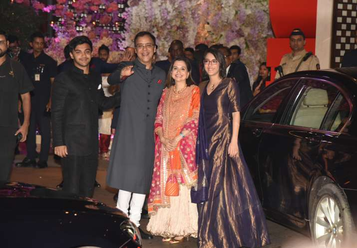India Tv - Vidhu Vinod Chopra with family at Akash Ambani and Shloka Mehta's engagement bash
