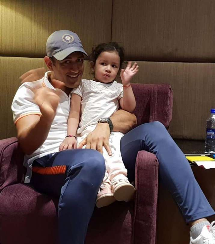 India Tv - MS Dhoni and his daughter Ziva