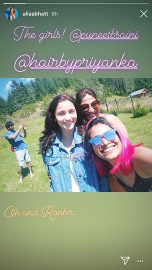 India Tv - Alia Bhatt with her girl gang and Ranbir Kapoor while shooting in Bulgaria