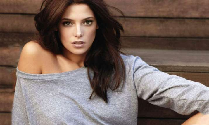 Twilight star Ashley Greene marries Paul Khoury ...