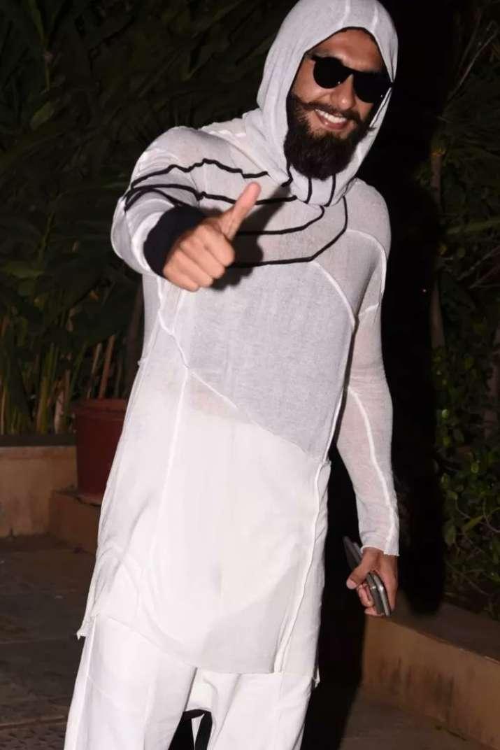 India Tv - Ranveer Singh's fashion game