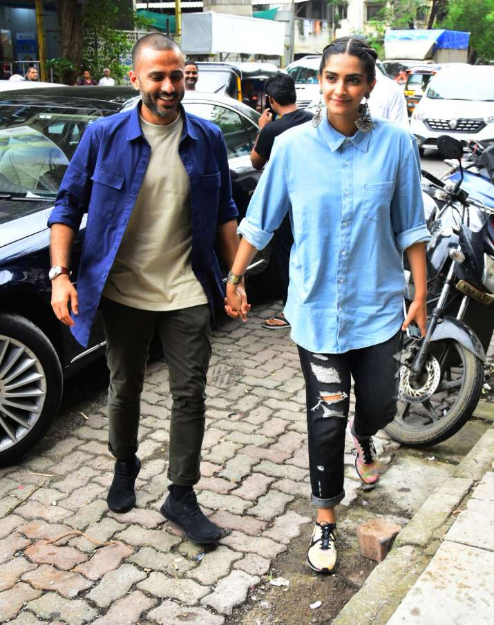 India Tv - Sonam Kapoor and Anand Ahuja