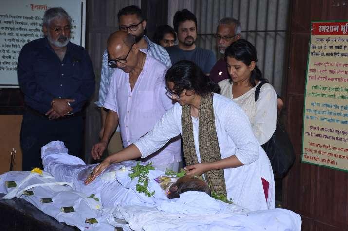 India Tv - Rita Bhaduri last rites