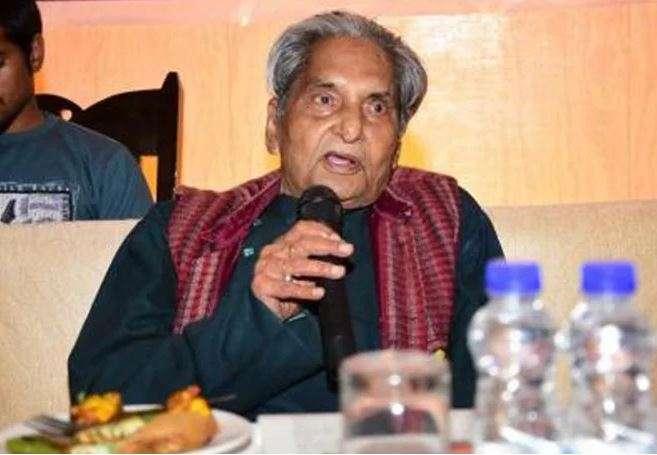 Gopal Das Neeraj, doyen of Hindi poetry, passes away at 93