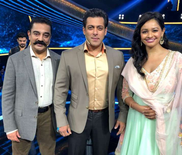 India Tv - Kamal Haasan with Salman Khan on Dus Ka Dum