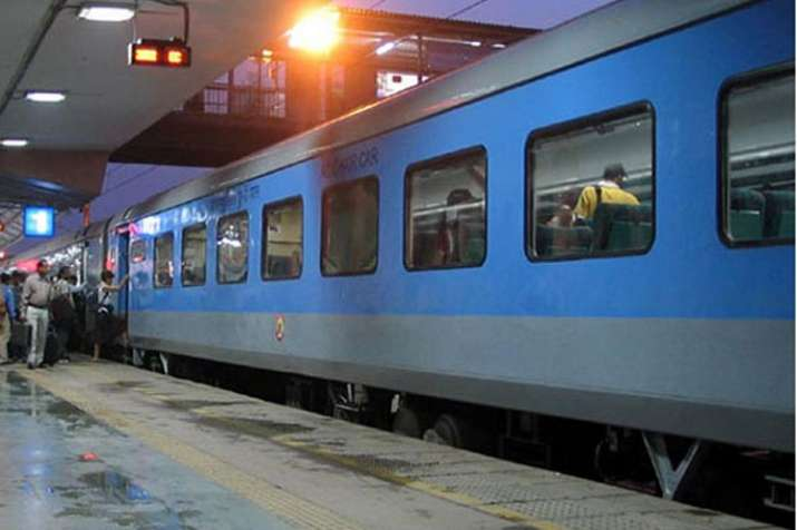Arrival timings of 93 trains have been changed by Indian