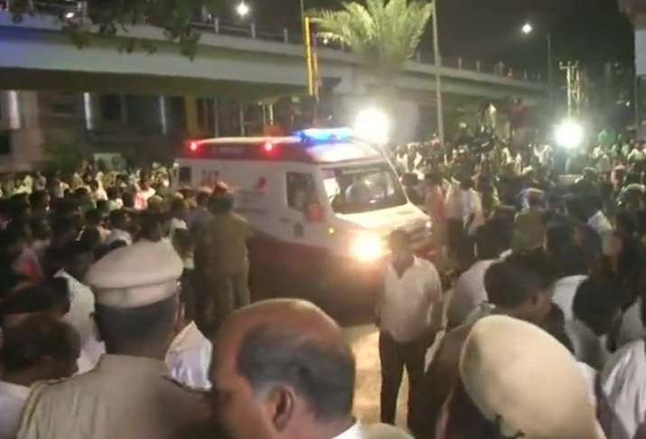 India Tv - Karunanidhi Health Update LIVE: Massive crowd gathers outside Kauvery hospital in Chennai