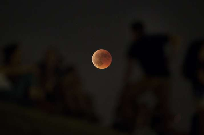 red moon today india time - photo #36