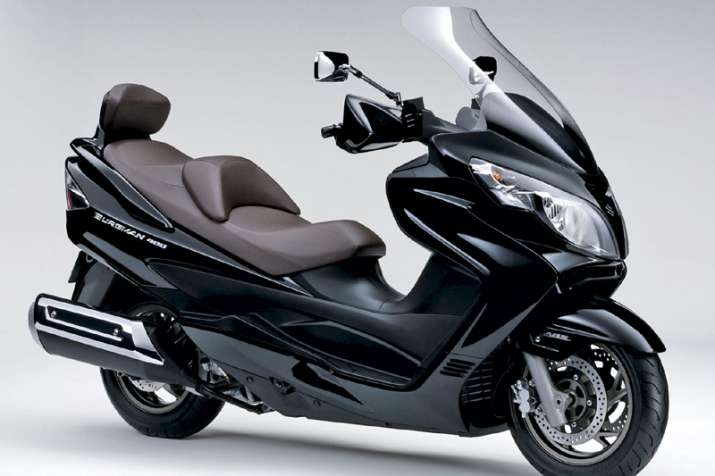 suzuki 125 cc maxi scooter burgman street launched in india motorbikes news india tv. Black Bedroom Furniture Sets. Home Design Ideas