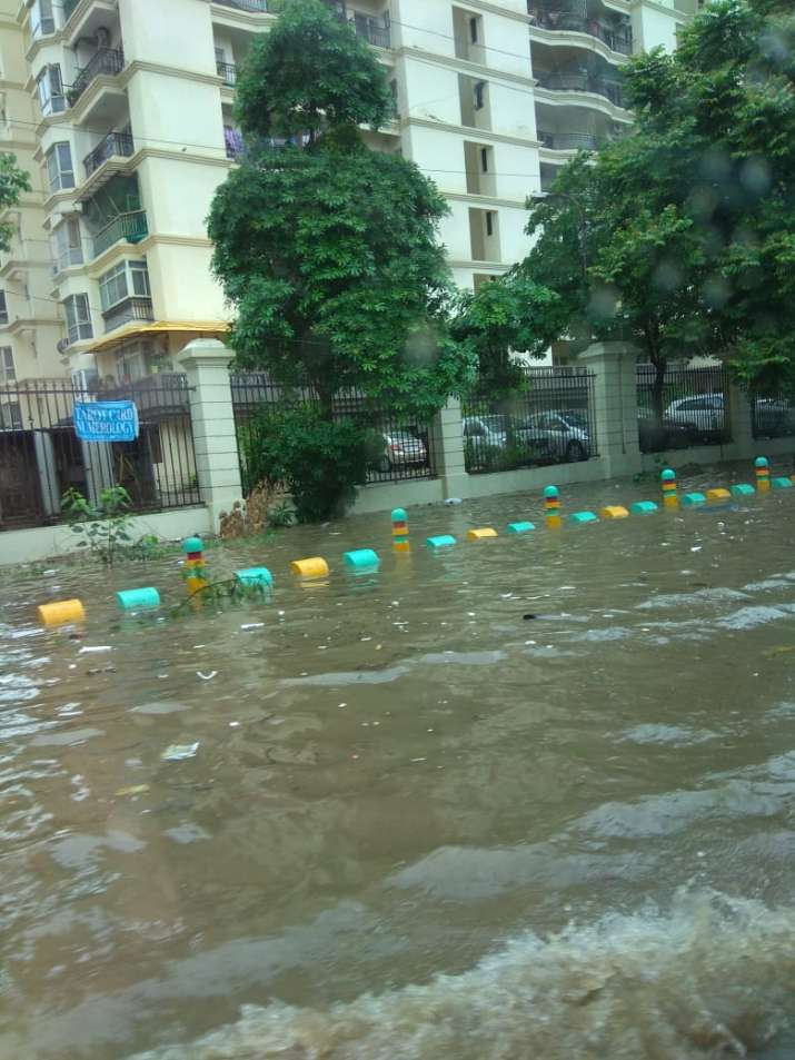 India Tv - Flooding in Ghaziabad