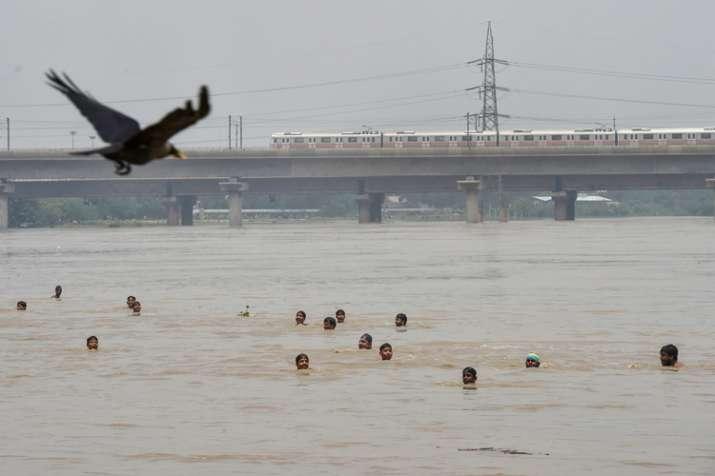 Traffic movement on Old Yamuna Bridge in Delhi was closed