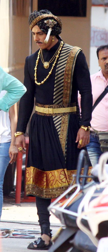 India Tv - Sonu Sood on Manikarnika sets