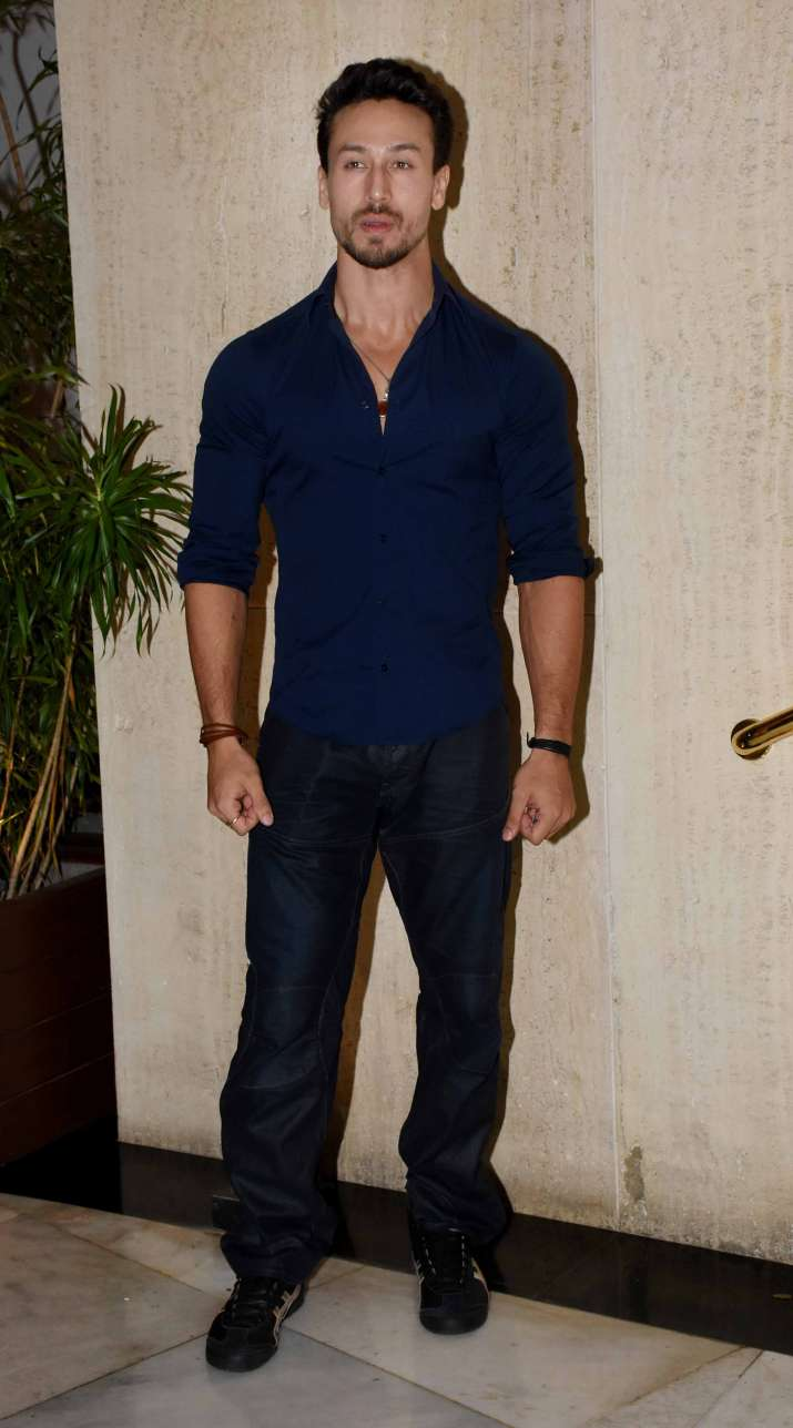 India Tv - Tiger Shroff atManish Malhotra house party