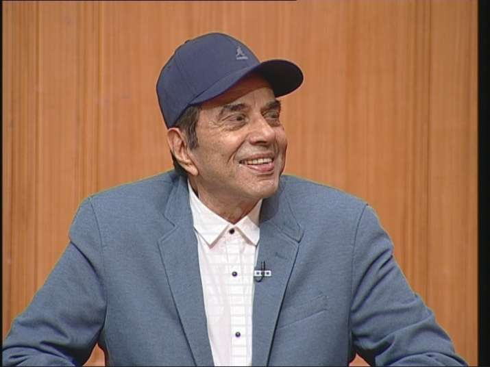 India Tv - Veteran actor Dharmendra in Aap Ki Adalat