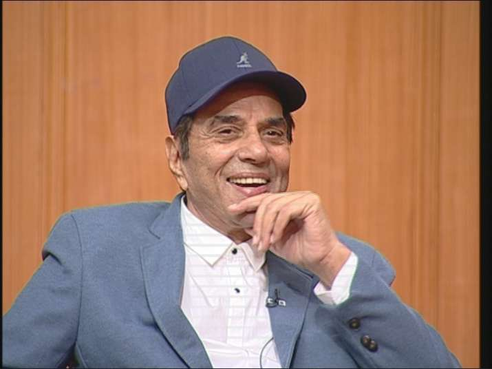 Veteran actor Dharmendra in Aap Ki Adalat