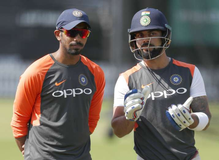India Tv - Kohli was seen advising Jasprit Bumrah during practice