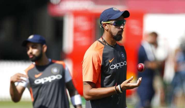 India Tv - Ishant Sharma was seen bowling as well.