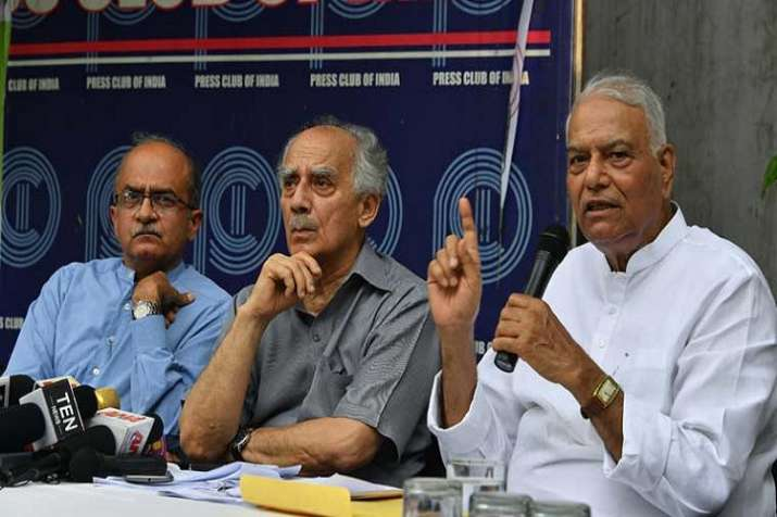 Rafale deal bigger than Bofors scam: Yashwant Sinha, Arun Shourie