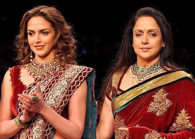 India Tv - Mother-daughter duo; Hema Malini, Esha Deol set to catwalk for 'Cakewalk'