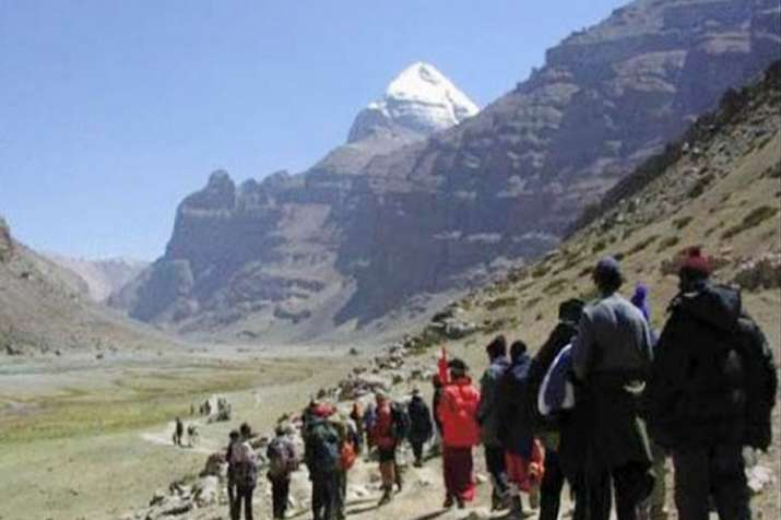 Amarnath Yatra resumes, 454 pilgrims leave for Kashmir