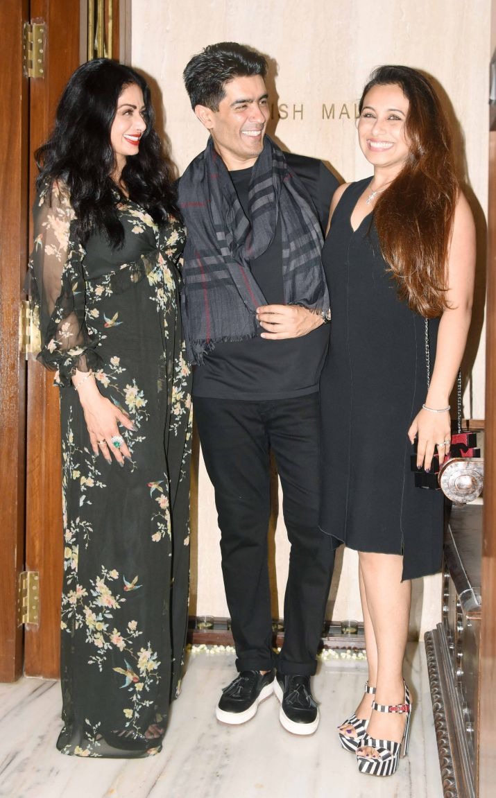 India Tv - Close friend Manish Malhotra threw a party on her birthday at his residence.