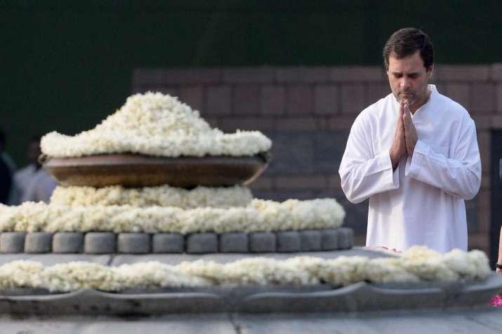 India Tv - Rahul Gandhi pays tribute to former PM Rajiv Gandhi