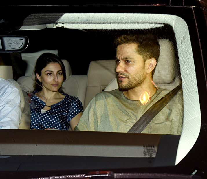 India Tv - sister Soha Ali Khan also joined with husband Kunal Kemmu.