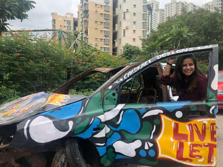 India Tv - The car has now become the favourite selfie spot of the area