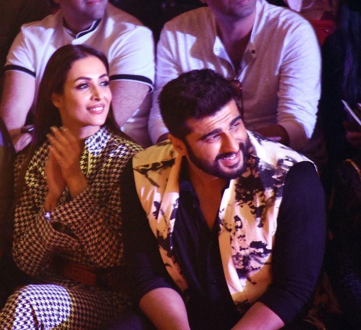 India Tv - Arjun Kapoor and Malaika Arora at LFW 2018
