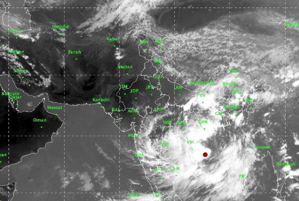 cyclon alert imd warning says storm likely to hit odisha and ap