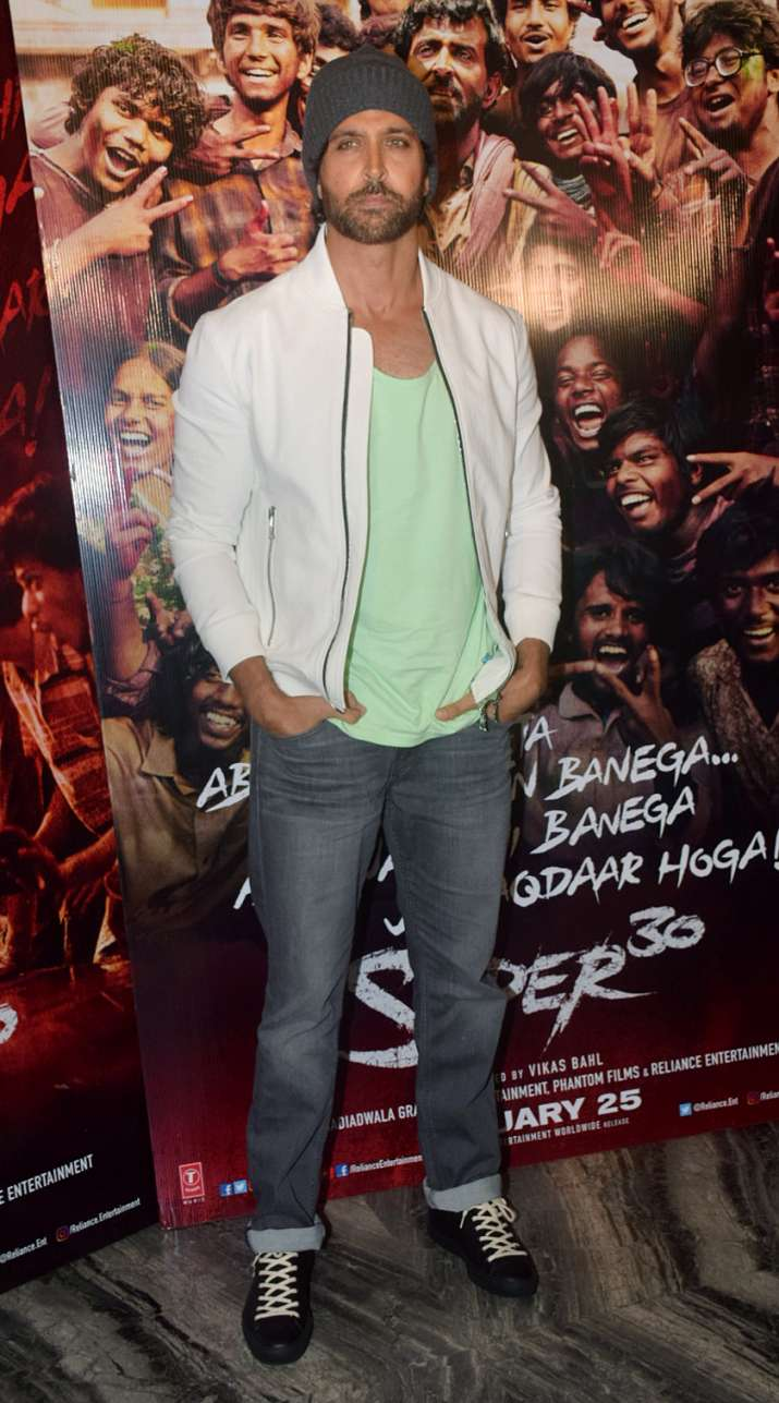 India Tv - Hrithik Roshan at Super 30 wrap-up party