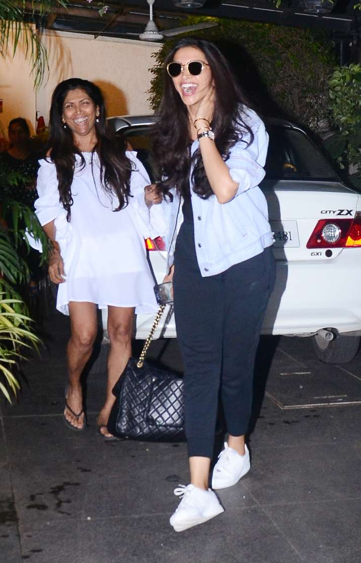 India Tv - Deepika Padukone spotted in Bandra