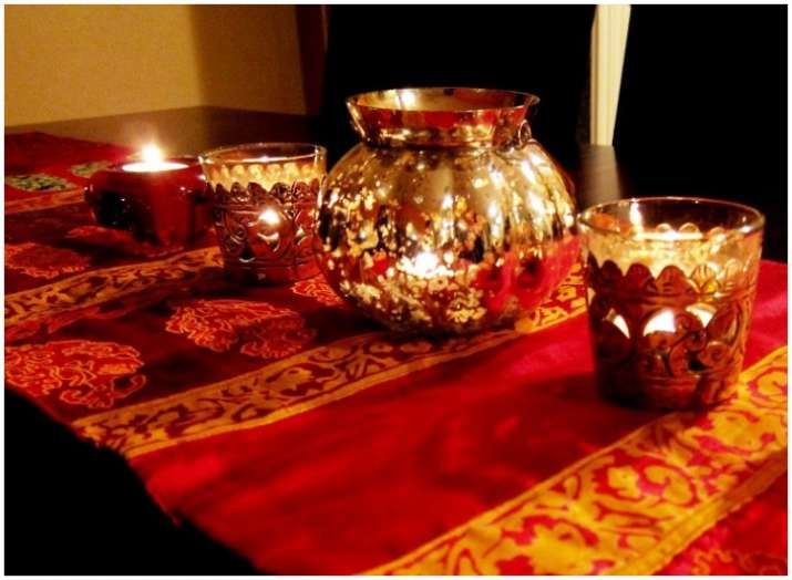 With 6 Easy Home Decor Tips Add Spark To Your Home For Festive