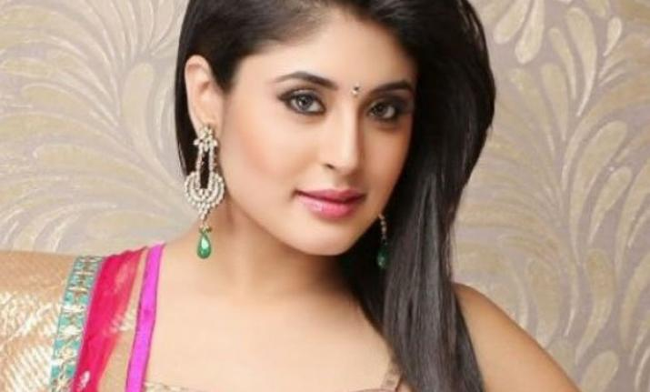 Kritika Kamra on Bollywood debut Mitron: Don't want to be