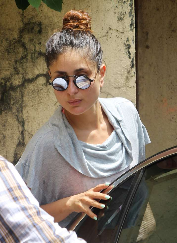 India Tv - Kareena Kapoor is the ultimate fitness idol, watch birthday girl's workout videos and pics for inspiration
