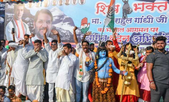 India Tv - Bhopal: A group of supporters during Congress President Rahul Gandhi's roadshow