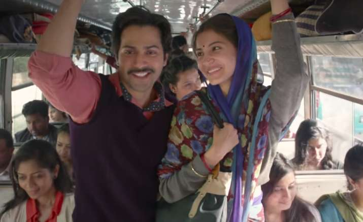 India Tv - Varun Dhawan and Anushka Sharma in Sui Dhaaga
