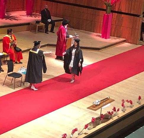 India Tv - Sara Tendulkar on stage to receive her graduation degree.