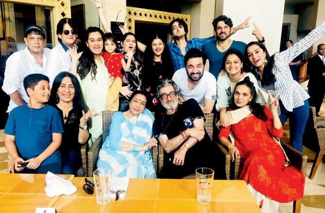 India Tv - Shraddha Kapoor is all smiles at father Shakti Kapoor's birthday bash. See pics from the celebrations