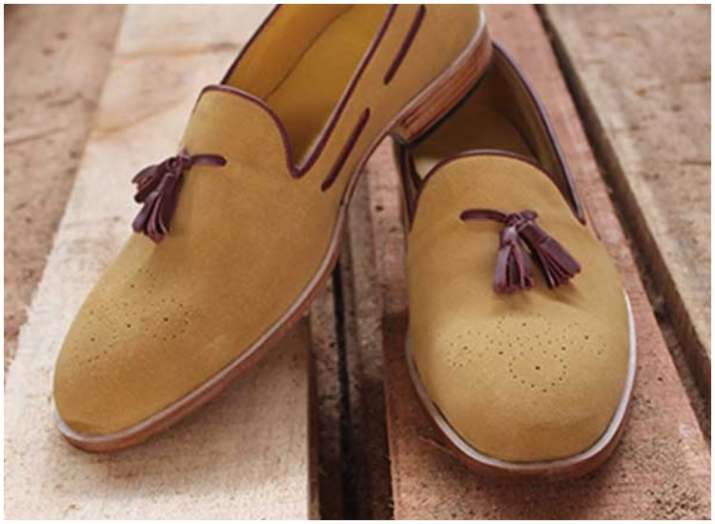 005e61b9c9 Love your shoes  5 easy ways to take care of suede leather shoes. Fashion  tips for men  ...