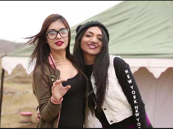 India Tv - SurbhiRanaandKritiVerma