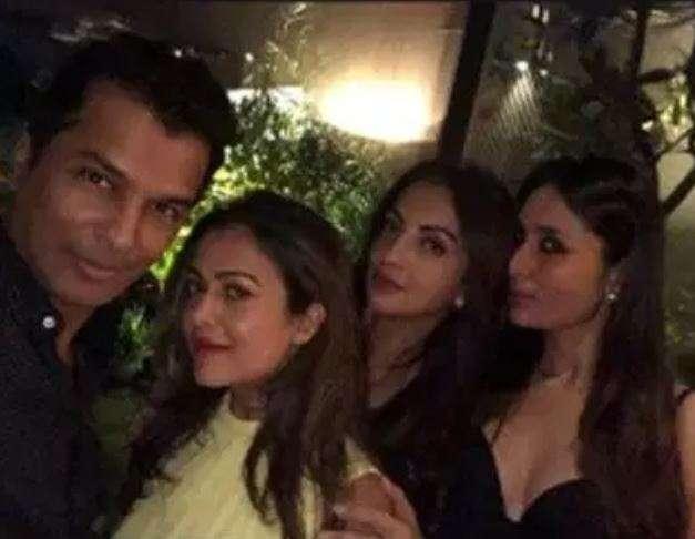 India Tv - Aayush Sharma's star-studded birthday bash