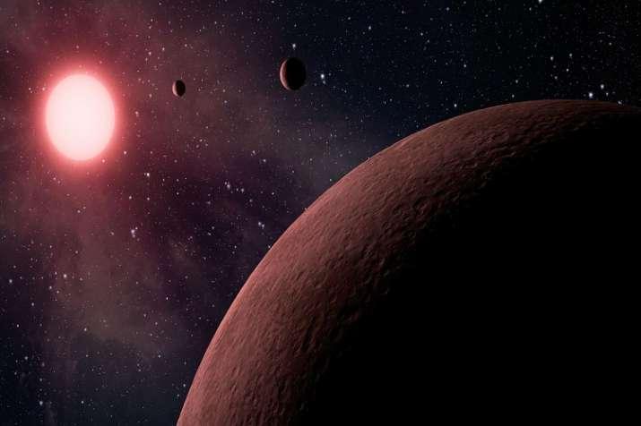 Genç Yıldız Ve İki Dev Gezegeni İlk Kez Gözlendi…