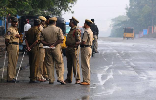 Andhra Pradesh: 6 killed, 15 injured in road accident in