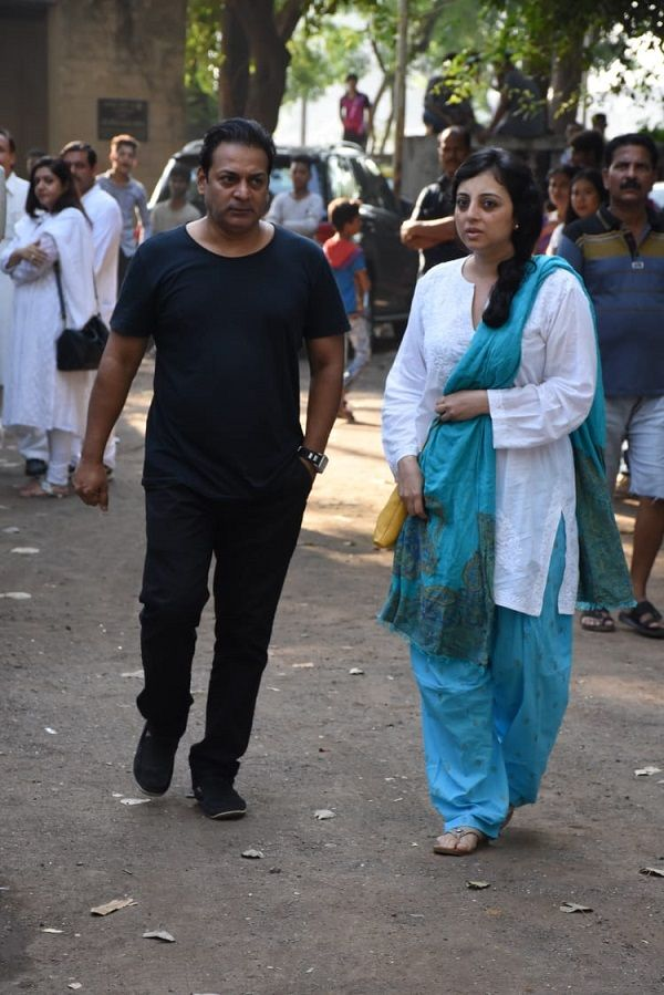 India Tv - Arjun Rampal's mother Gwen Rampal's funeral